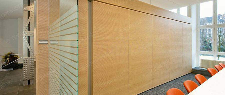 Acoustic wall solution office