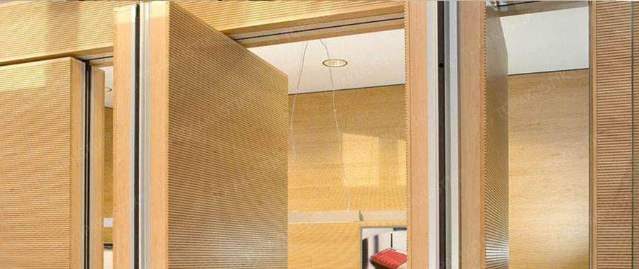 Acoustic wall solution divider